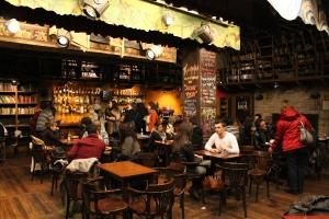 sala gran bar Teatreneu