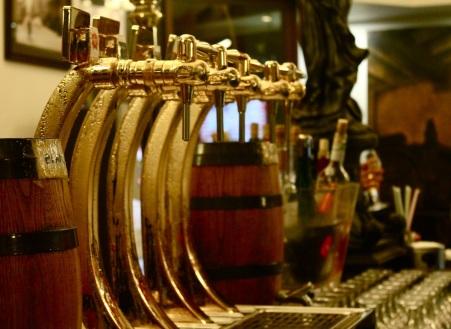 Cerveza en el Versalles