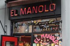 El Manolo, estética actual, esencia eterna