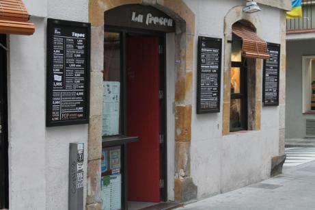 Bar en la calle Maquinista