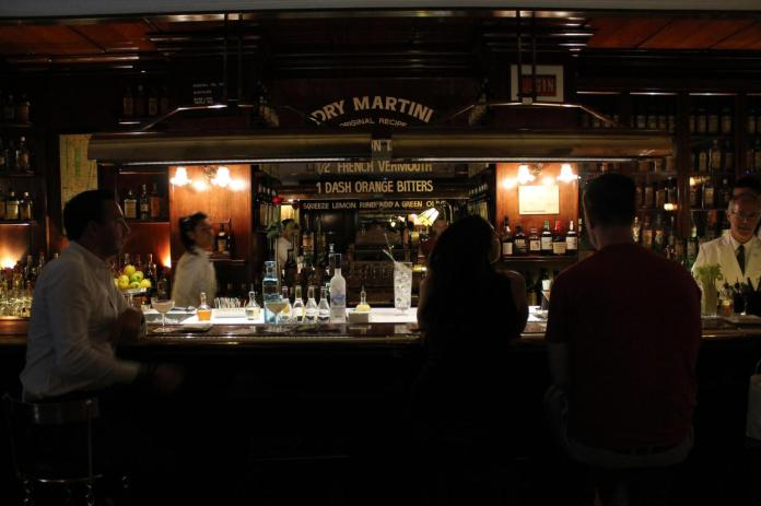 La barra de Dry Martini